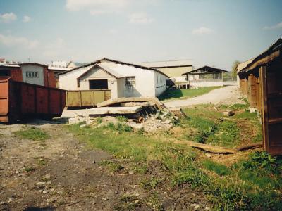 1999, het oorspronkekijke complex in Šebešťanová – voorbereiding van een bouwplaats